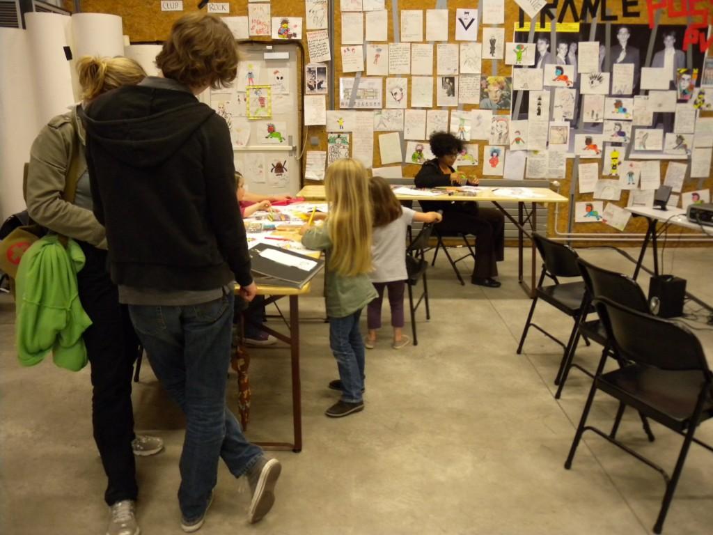 l'atelier de l'artiste au centre 104